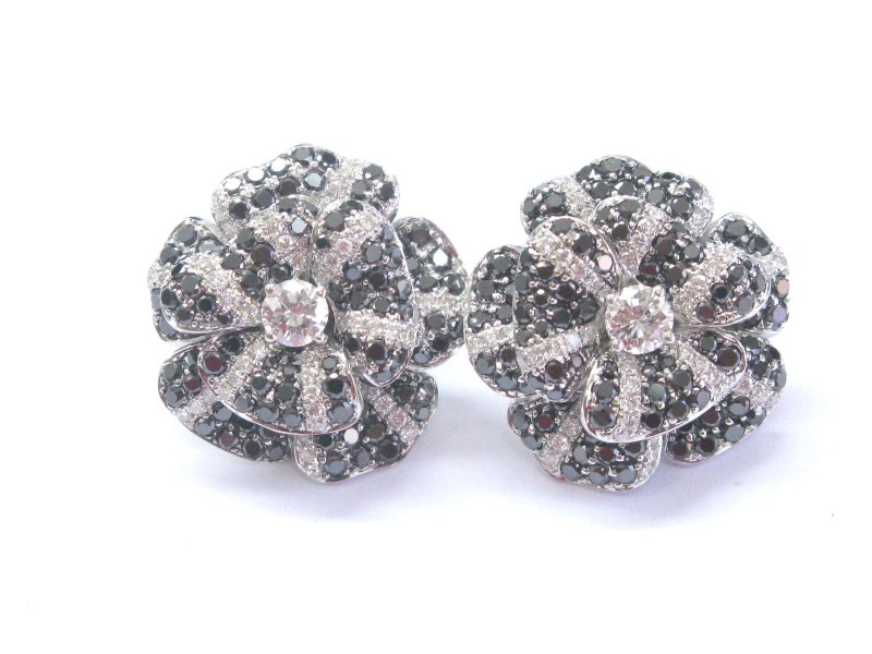 14K White Gold Fine Black & White 3.16 ct Diamond Flower Stud Earrings
