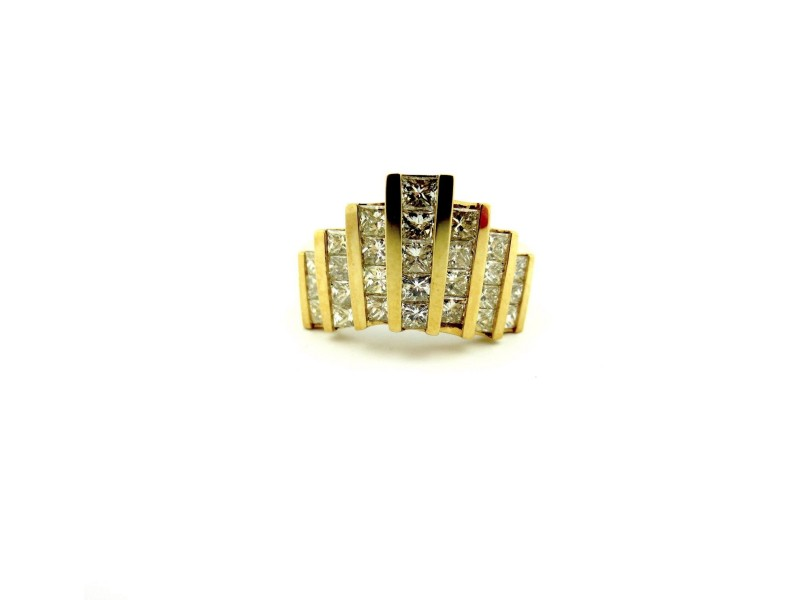 18k Yellow Gold 1.77Ct Princess Cut Diamonds Stair Step Cluster Ring