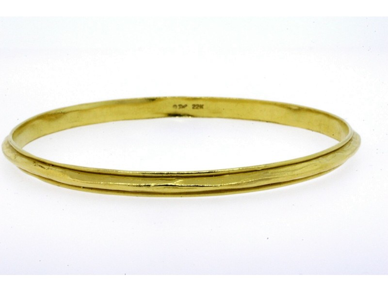 "Denise Roberge Bangle Bracelet 22k Yellow Gold 8.5"" Interior 32.3g Raised Spine"