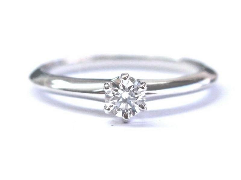 Tiffany & Co Platinum Round Cut Diamond Solitaire Engagement Ring .19Ct H-VVS1