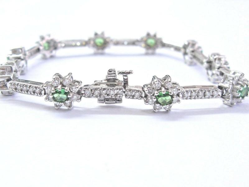 """18Kt Gem Tsavorite & Diamond White Gold Tennis Bracelet 7"""" 4.02Ct"""