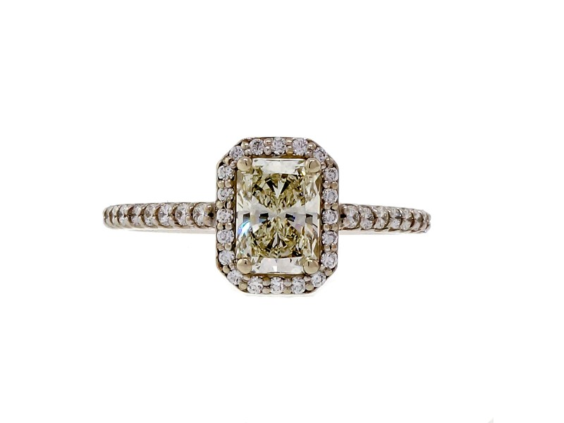Peter Suchy 14K White Gold with 0.85ct Radiant Cut Diamond Engagement Halo Ring Size 6.5