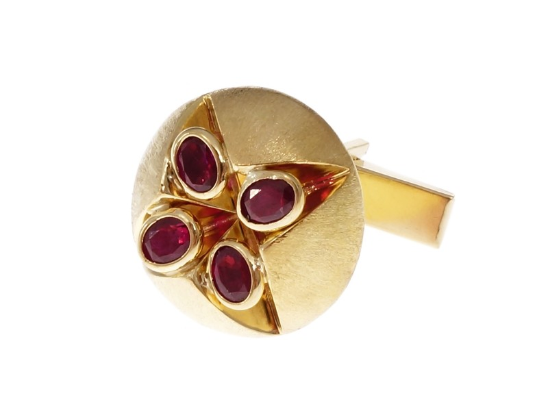 Peter Suchy 18K Yellow Gold with  Ruby Cuff Link Shirt Stud Set