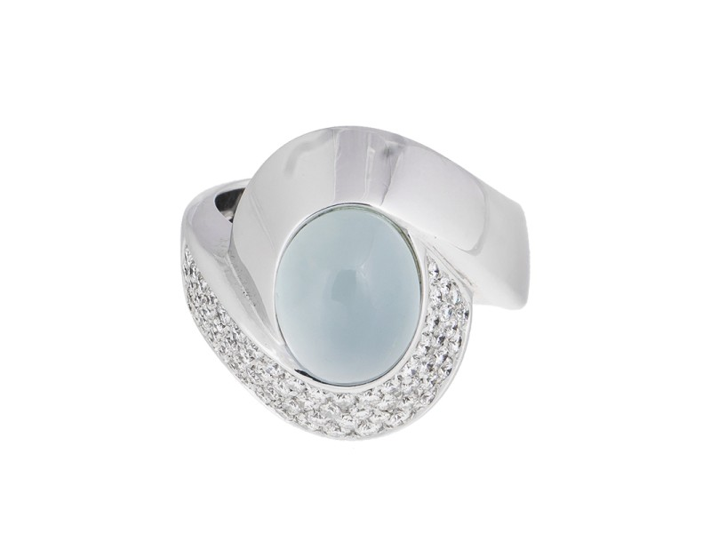 Mystique And Elegant 18k White Gold Cabochon Cat's-eye Aquamarine & Diamond Ring