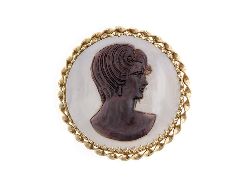 Ladies 14K Yellow Gold Round Mother Of Pearl Cameo Brooch