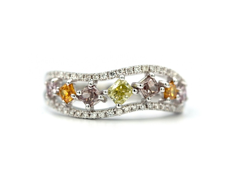 18K White Gold Ring 0.62ctw 7 Multicolored Diamonds Size 6.5