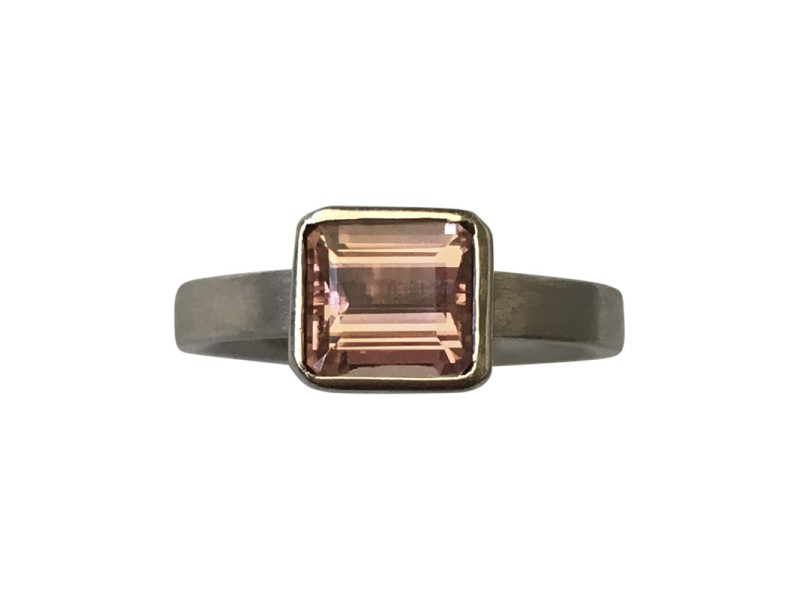 Niessing 18K Grey Gold and Precious Pink Topaz Ring Size 4