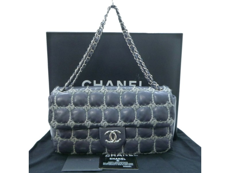 CHANEL Lambskin Chocolate Bar Tweed Stitch Coco Mark Shoulder Bag