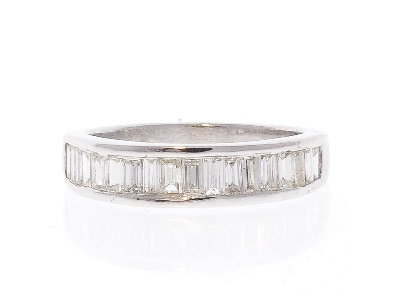 0.98 Carat Total Baguette Diamond Ring in 14 Karat White Gold