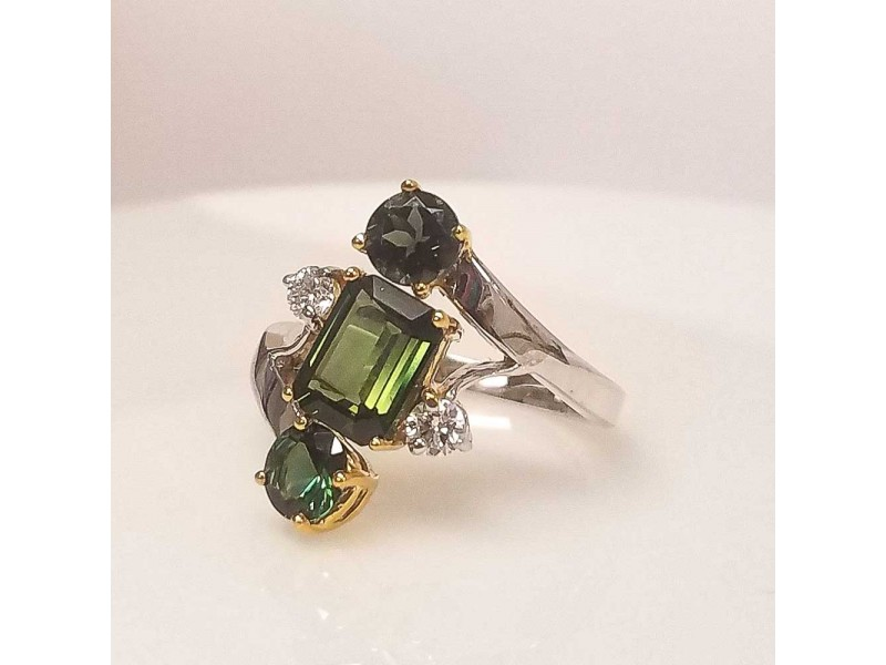 2.68 Carat Total Green Tourmaline and Diamond Cocktail Ring in 18 Karat Gold
