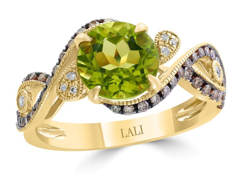 14k Yellow Gold Peridot Ring Size 7
