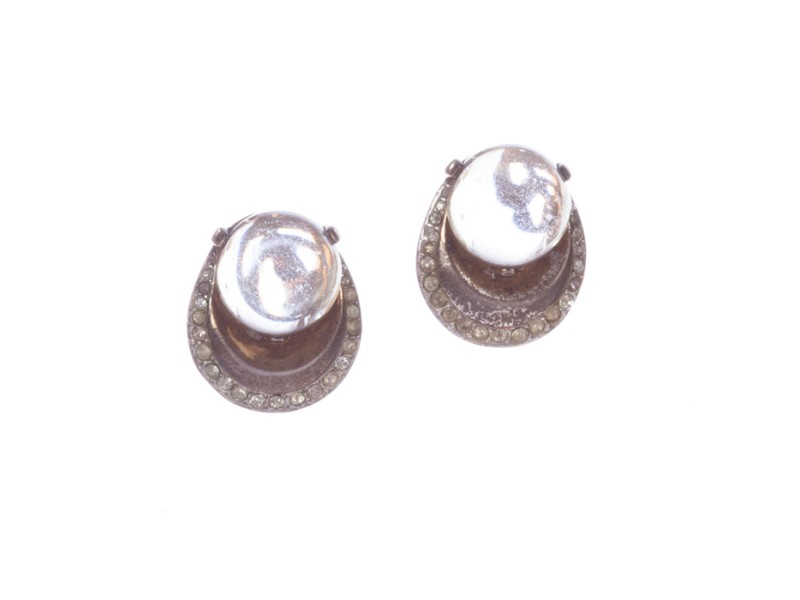 a8baeda23872e Trifari Art Deco Lucite Jelly Belly Earrings