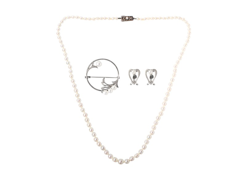 Mikimoto Pearl Necklace Earrings Pin 3 Piece Set