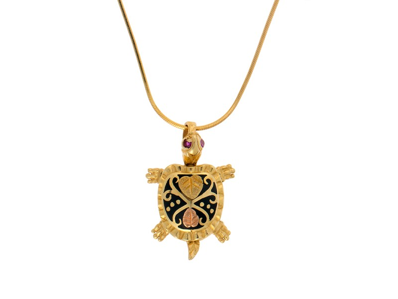 14K Yellow Gold Black Enamel Turtle Pendant Necklace