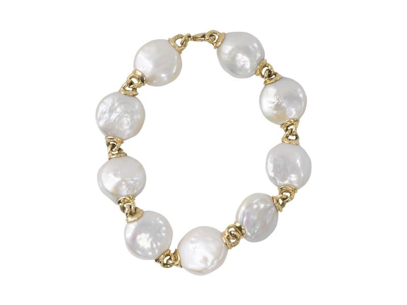 Yvel 18k Yellow Gold 'Coin' Pearl Bracelet