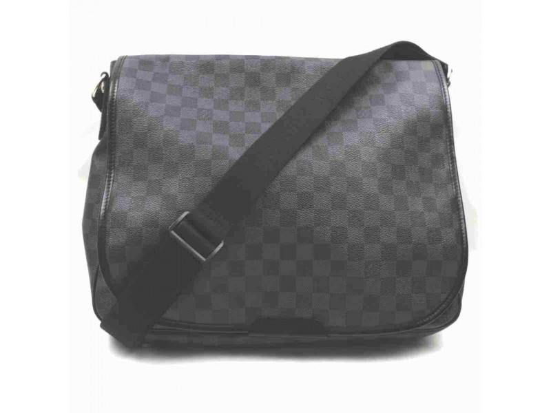 Louis Vuitton Damier Graphite Daniel GM 860231