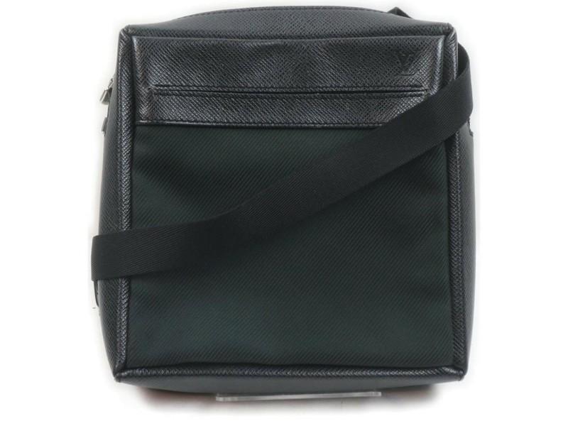 Louis Vuitton Dark Green Ardoise Taiga Leather Beloukha Messenger Bag