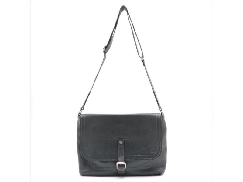 Louis Vuitton Black Utah Leather Omaha Messenger Crossbody Bag 862411