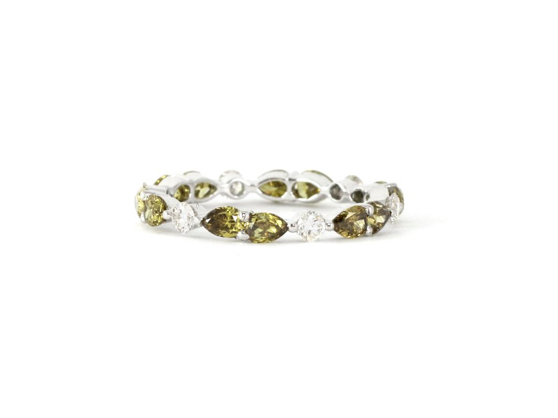 18k White Gold Natural Green and White Diamond Fancy Band