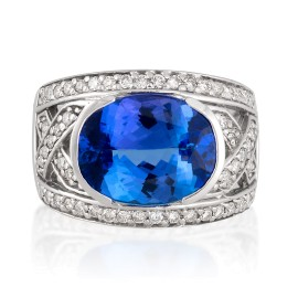 Le Vian Certified Pre-Owned Blueberry Tanzanite and Vanilla Diamonds Ring set in 14k Vanilla Gold