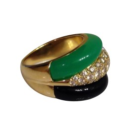 Van Cleef & Arpels YG Chrysoprase Onyx Diamond Ring