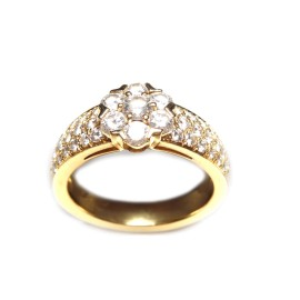 Van Cleef and Arpels 18K Yellow Gold Fleurette 3 Row Diamond Ring