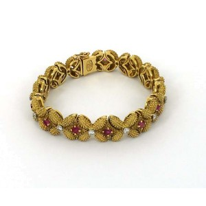 18K Yellow Gold Diamond & Ruby Floral Design Bracelet