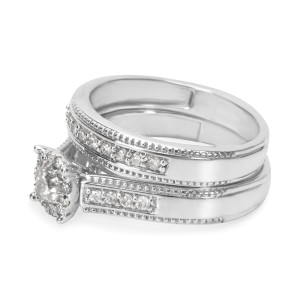 BRAND NEW Diamond Engagement Bridal Set in 10K White Gold 0.60ctw