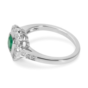 BRAND NEW Emerald & Diamond Fashion Ring in 18k White Gold (0.30 CTW)