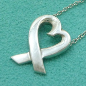 TIFFANY & Co. Sterling Silver Paloma Picasso Loving Heart Necklace