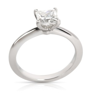 Tiffany & Co. Solitaire Diamond Engagement Ring in Platinum E VVS1 0.97 CTW