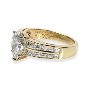 Van Cleef & Arpels Pear Diamond Engagement Ring in 18K Gold GIA E VS1 4.00 CTW