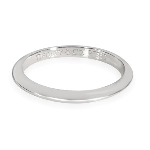 Tiffany & Co. Knife Edge Band in Platinum 2mm