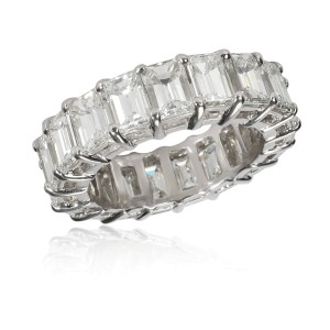 Emerald Cut Diamond Eternity Band in Platinum 9.00
