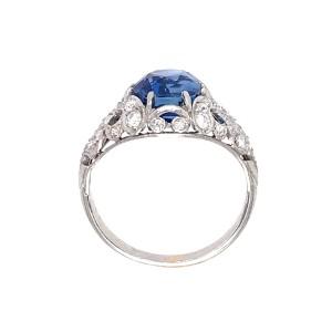 Gorgeous Vintage No-Heat Sapphire and Diamond Ring