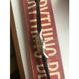 Vintage Bulova Manual Wind Linen Dial Watch
