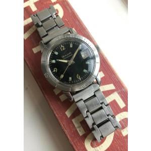 Vintage Bulova Snorkel Devil Diver Manual Wind Steel case w/ Bracelet Watch