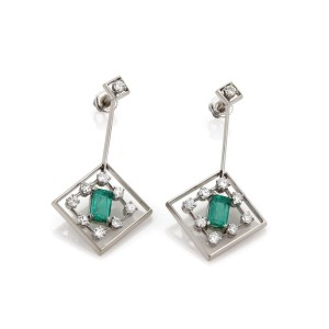 Beautiful 4.20ct Diamond & Emerald 14k White Gold Fancy Drop Dangle Earrings