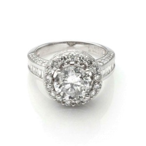 Round Cut 2.56ct Solitaire Diamond 1.84ct Accent 18k Gold Engagement Ring