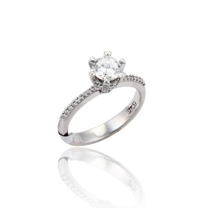 Tacori Diamond Platinum Diamond Ring Size 6.5