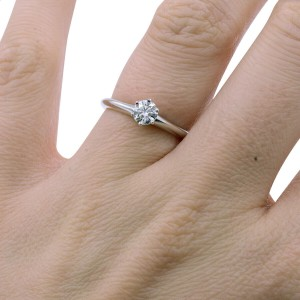 Tiffany Co Round Cut Diamond Engagement Ring 0.30 ct US-4