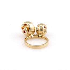 Gucci 18K Yellow Gold Designer Ring w/ 2 Circular Charms
