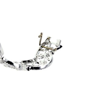 Modern One Carat Diamond 18k White Gold Open Milgrain Leaf Design Bracelet