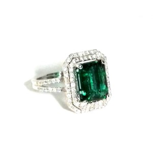 18K White Gold 4.20ct Emerald & 1.00ct Diamond Ring Size 7.5