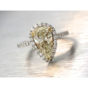 18K White Gold Yellow Pear Diamond Halo Engagement Ring