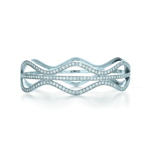 Kwiat 18k White Gold Bracelet From The Wave Collection