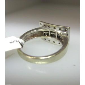 14K White Gold Baguettes Diamonds Ladies Ring