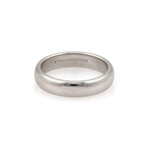 Tiffany & Co. Platinum 4.5mm Wide Plaim Dome Wedding Band Ring Size 6.75