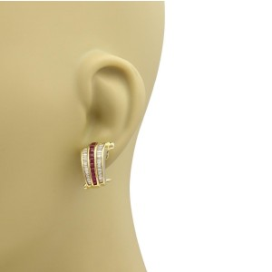 Estate 5.00ct Diamond & Ruby 14k Yellow Gold Curved Post Clip Earrings
