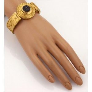 22k Yellow Gold Medallion Style Silver Coin Cameo Wide Fancy Bracelet